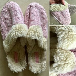 New Item!! Spa Sister Faux Fur Sweater slippers 9